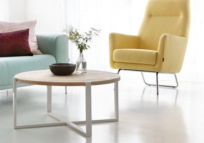 Table basse en bois au look scandinave