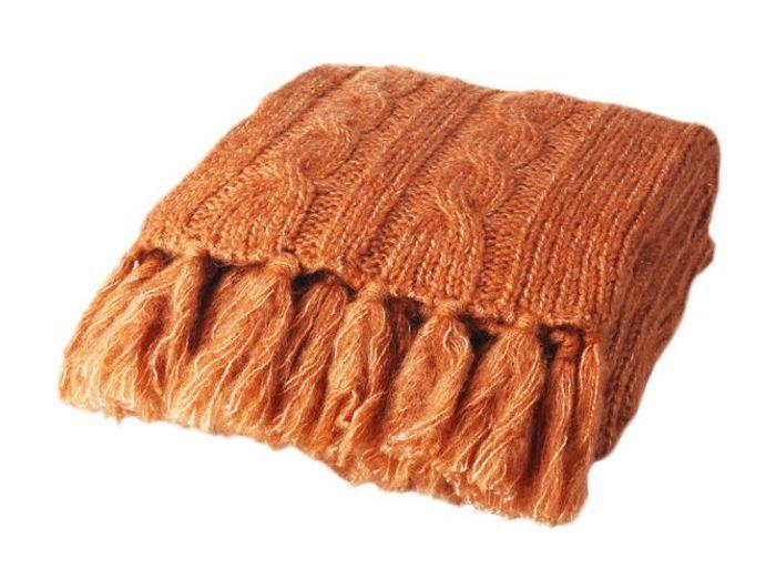 plaids notre s lection pour passer l 39 hiver au chaud elle d coration. Black Bedroom Furniture Sets. Home Design Ideas