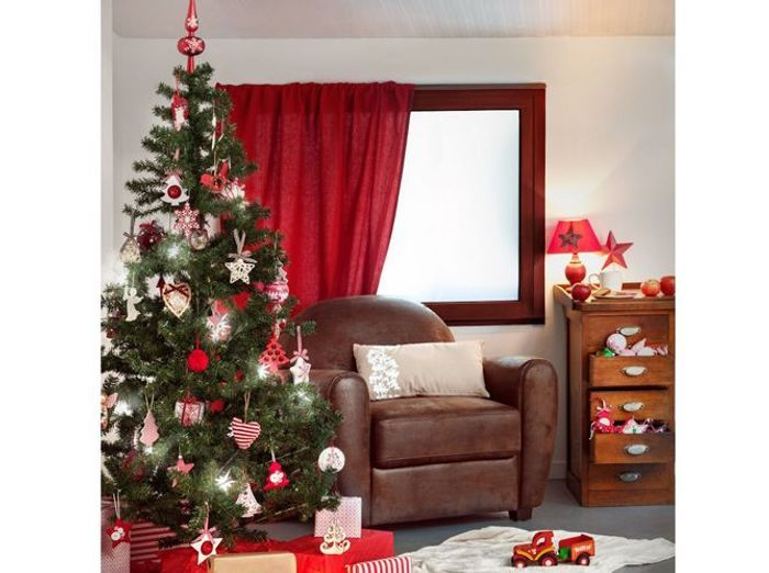 Sapin de no l quel style d co choisir cette ann e for Decoration sapin de noel rouge et blanc
