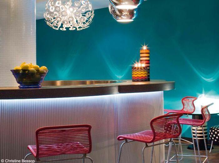 les astuces d oscar ono pour jouer avec les couleurs elle d coration. Black Bedroom Furniture Sets. Home Design Ideas