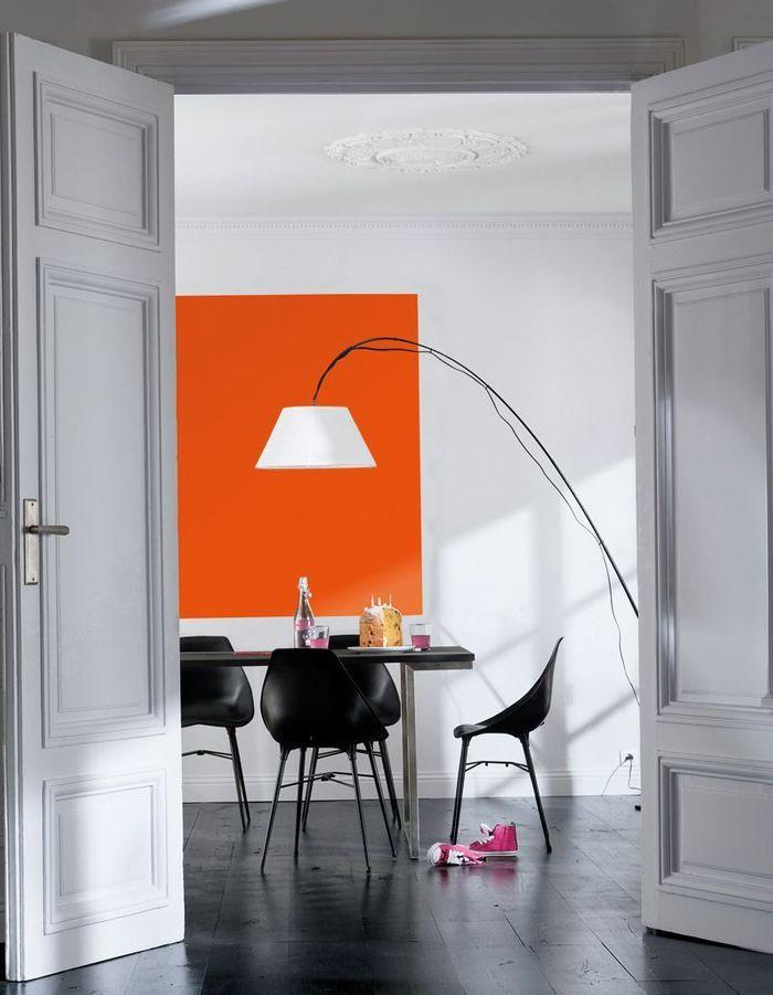 Peindre un mur en deux couleurs dynamisez vos espaces - Creer un tableau photo ...