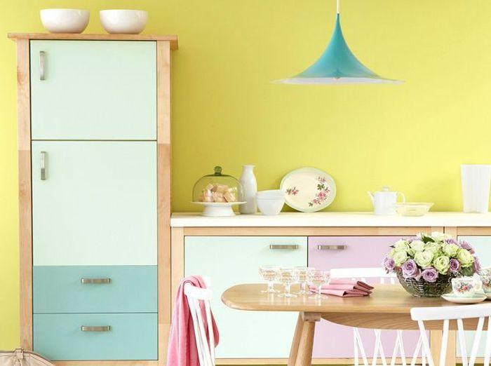 Peinture les couleurs tendance en 2013 elle d coration - Peinture jaune pastel ...