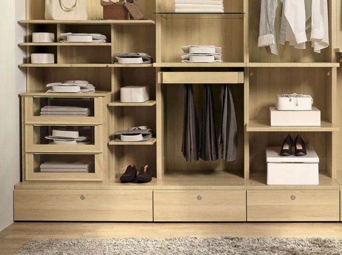 nos meilleures astuces pour bien organiser son placard. Black Bedroom Furniture Sets. Home Design Ideas