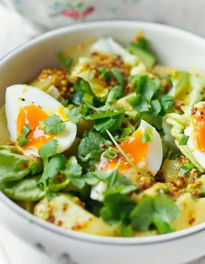 salade healthy green salade 11 salades l g res et color es pour tre en forme tout l t. Black Bedroom Furniture Sets. Home Design Ideas