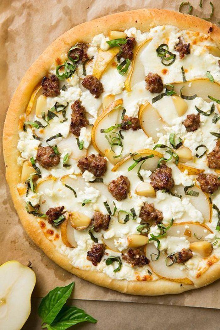cuisine campagne pizza pizza au fromage de ch vre poire. Black Bedroom Furniture Sets. Home Design Ideas