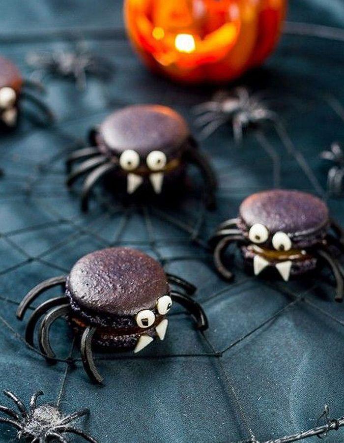 Araignées macaron à la réglisse de Halloween