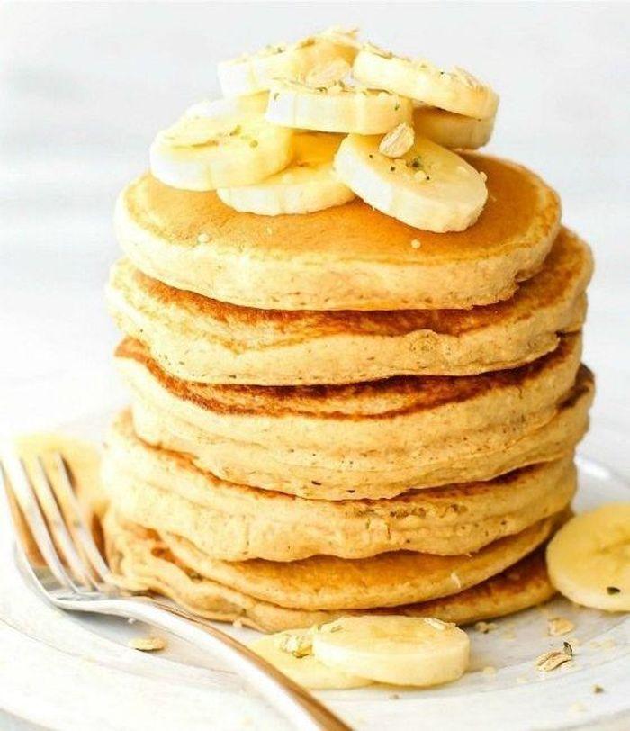 pancakes banane des recettes sans sucre ajout pour le petit d jeuner elle table. Black Bedroom Furniture Sets. Home Design Ideas