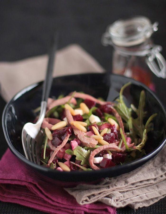 salade d hiver la betterave des salades d hiver compl tes qui changent de la soupe elle. Black Bedroom Furniture Sets. Home Design Ideas