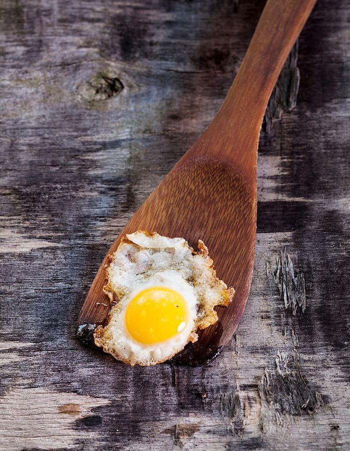 On ajoute des oeufs 10 id es pour moderniser sa raclette elle table - Des idees pour la cuisine ...