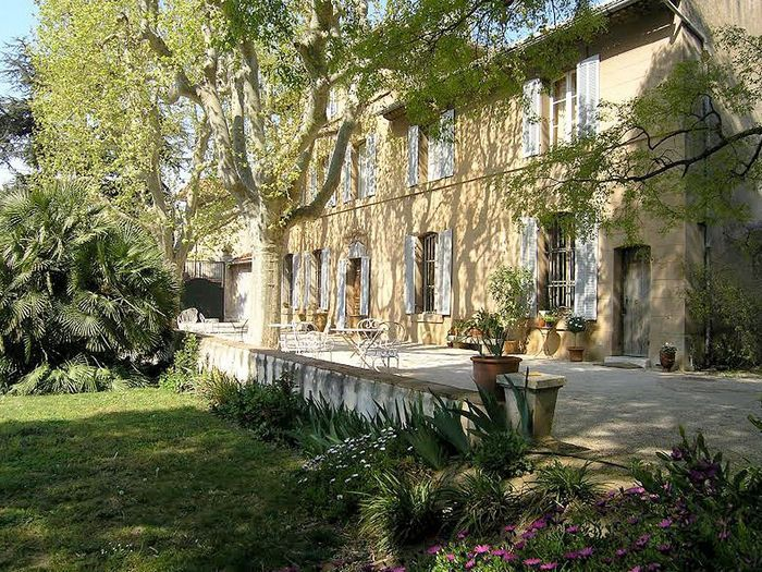 marseille villa marie jeanne restaurants romantiques. Black Bedroom Furniture Sets. Home Design Ideas