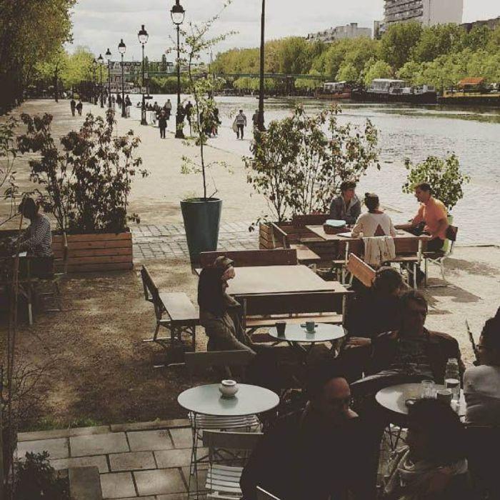 Le pavillon des canaux nos meilleurs restaurants avec for Restaurant avec jardin terrasse paris