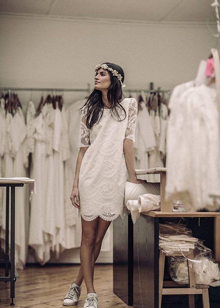 robe de mari e dentelle droite 30 robes de mari e en dentelle rep r es sur pinterest elle. Black Bedroom Furniture Sets. Home Design Ideas