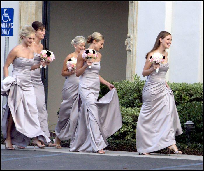 La robe de demoiselle d 39 honneur de jennifer garner les for Robes de demoiselle d honneur mariage de printemps