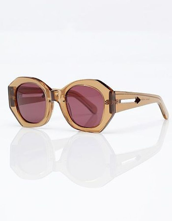Mode tendance guide shopping lunettes petit minois graphique karen walker