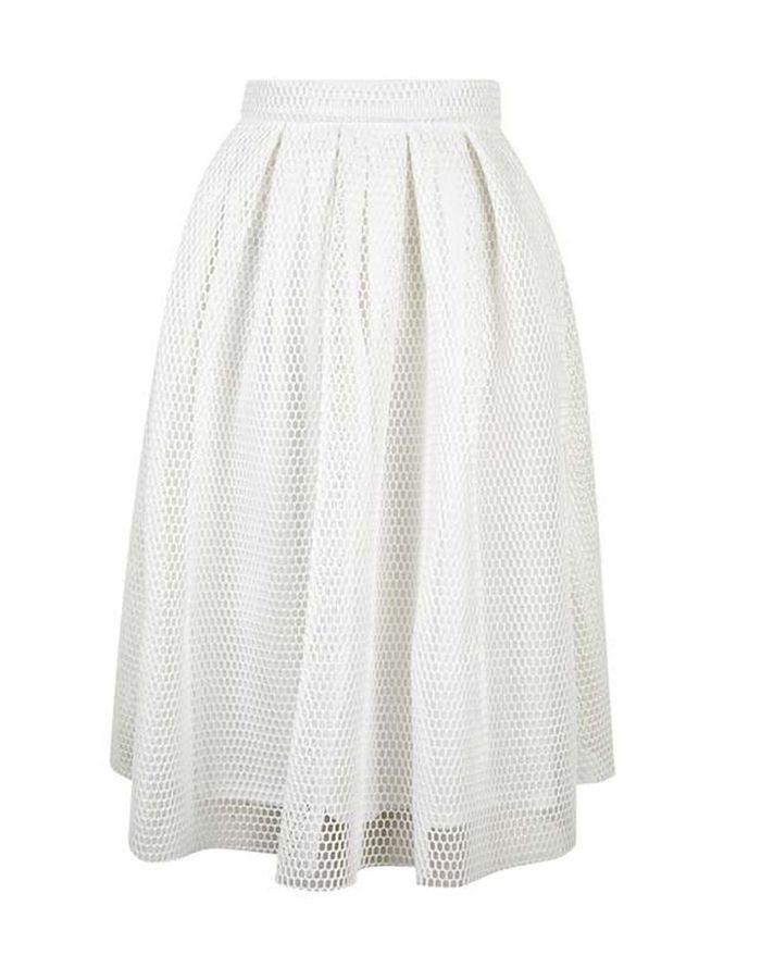 jupe blanche romantique topshop 20 jupes blanches pour amorcer l 39 t elle. Black Bedroom Furniture Sets. Home Design Ideas