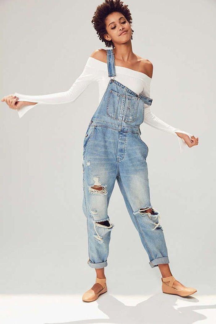 Salopette en jean BDG sur Urban Outfitters