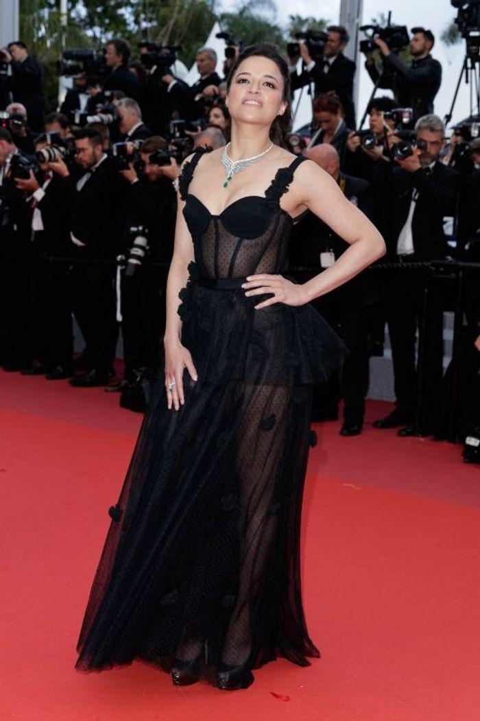 Michelle Rodriguez en robe transparente