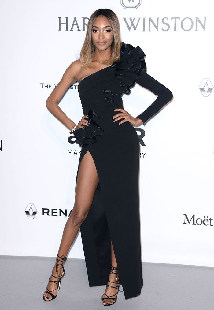 La robe fendue de Jourdan Dunn