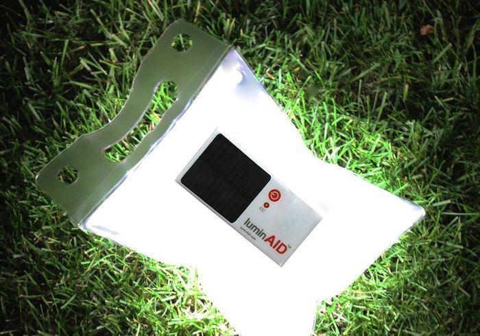 Lampe gonflable, solaire, étanche avec module de chargement USB