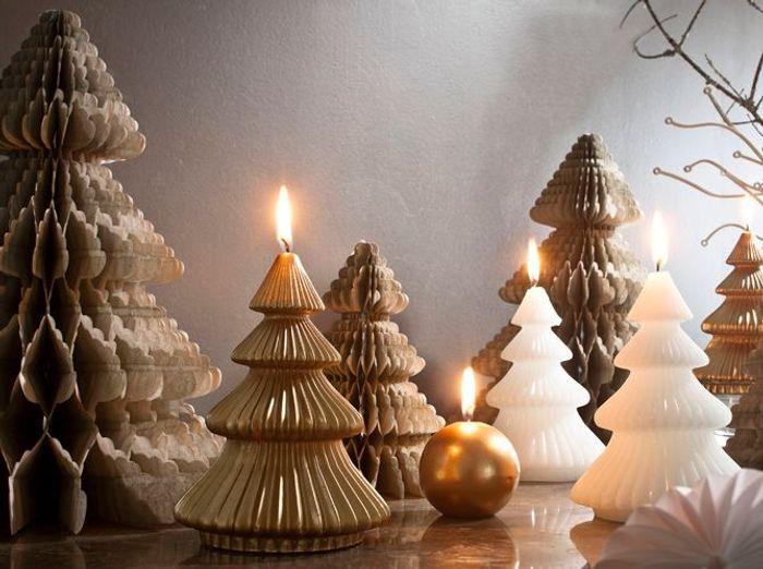 Faux sapin de Noël en bougies