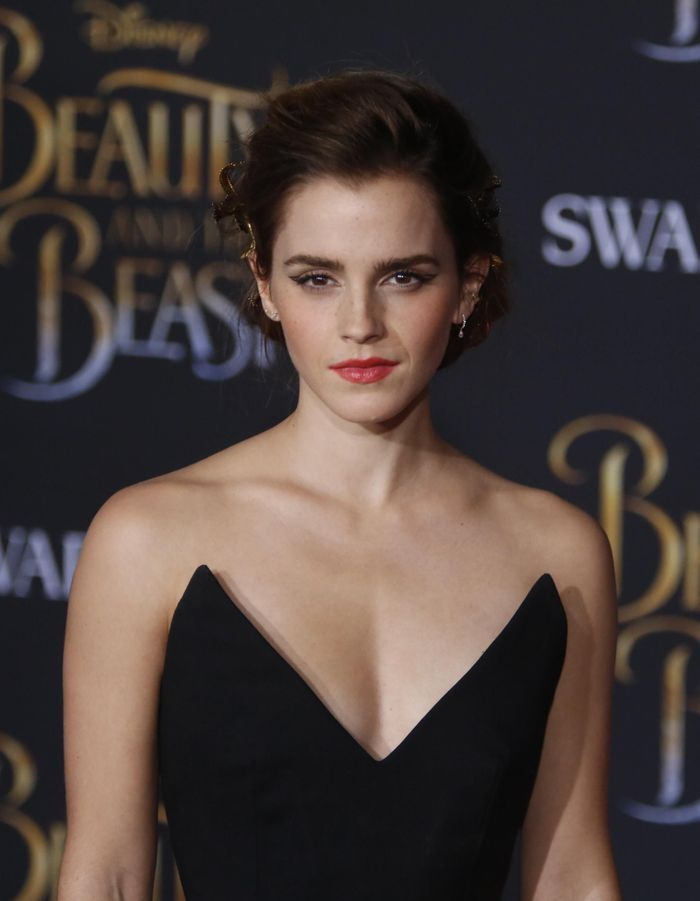Comment Emma Watson nous ensorcelle