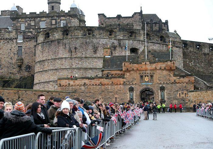 Devant le château d'Edinbourg