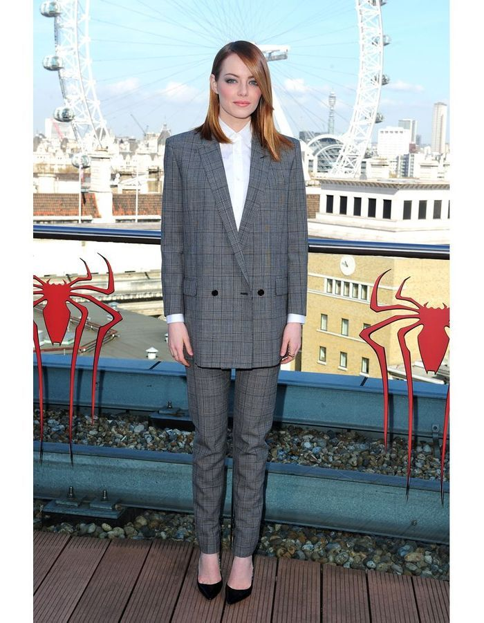 Emma stone on copie l allure boyish des stars elle for Cera stone carrelage saint laurent du var