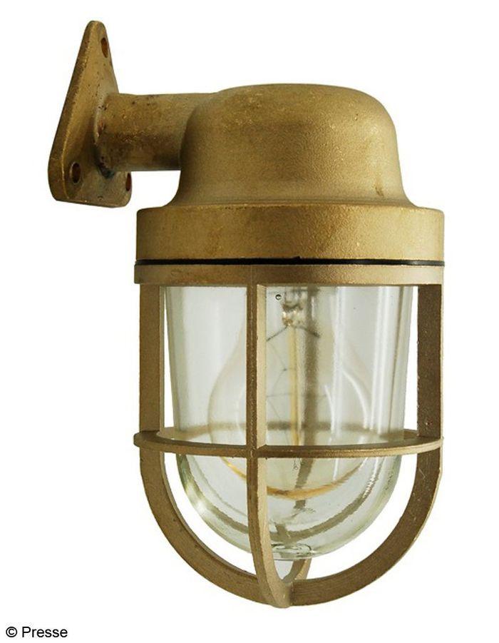 Lampe ext rieure en laiton zangra e shopping de cadeaux for Lampe exterieur etanche