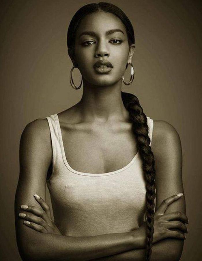 Coiffure cheveux afro hiver 2015 - Coiffures afro  les filles stylu00e9es donnent le ton - Elle