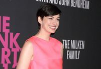 Anne Hathaway s'engage contre le cancer du sein