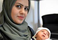 Des réfugiés syriens appellent leur fille Angela Merkel