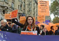 Prostitution: les féministes manifestent pour dire non