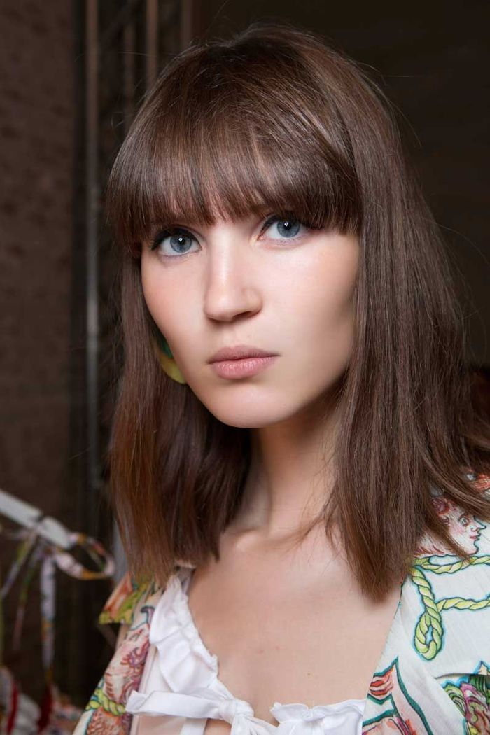 Complet Coiffure cheveux mi longs avec frange automne hiver 2018 - Cheveux  KF83