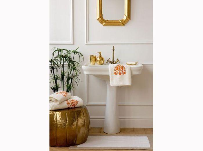 Les codes de la salle de bains r tro chic elle d coration Deco salle de bain retro