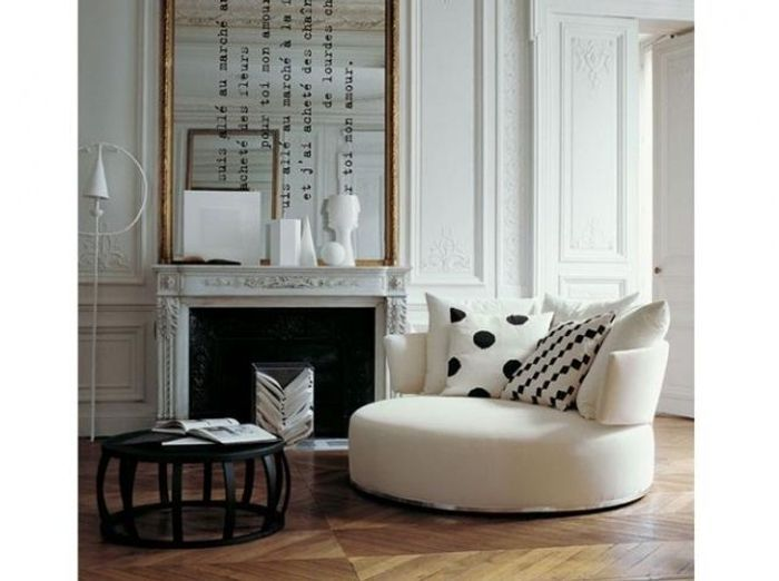 Salon Haussmannien Elegant Appartement Decore Par Le