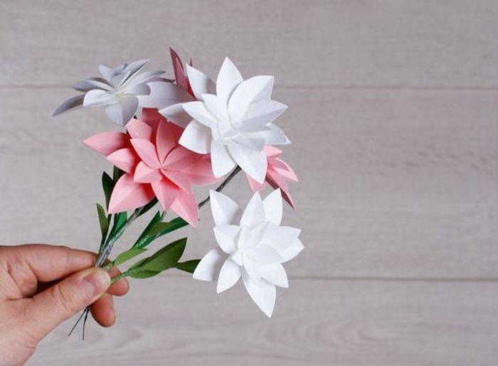Complet Cadeau fête des mères à faire soi-même : des fleurs en papier - 20  FH41