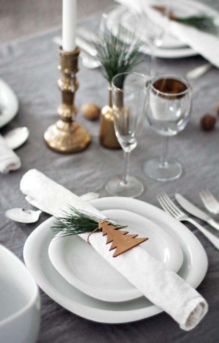 Une table de fête simple