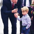 Le prince William explique qui est qui à son fils.